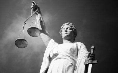 Få kvinnor bland juridikens toppar