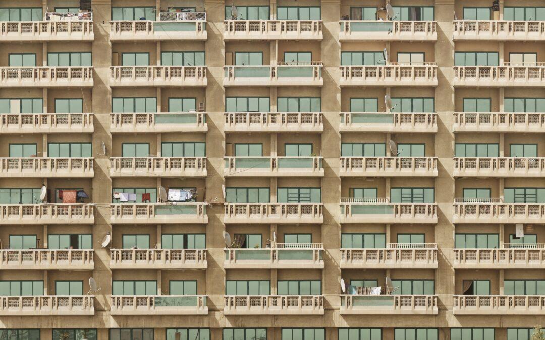 """Bostadskrisen: """"Dags att lotta ut lägenheter"""""""